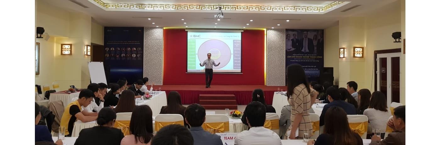 20191103_103714 - Tan giang Lam chu Doanh nghiep Hue-2019.11.03