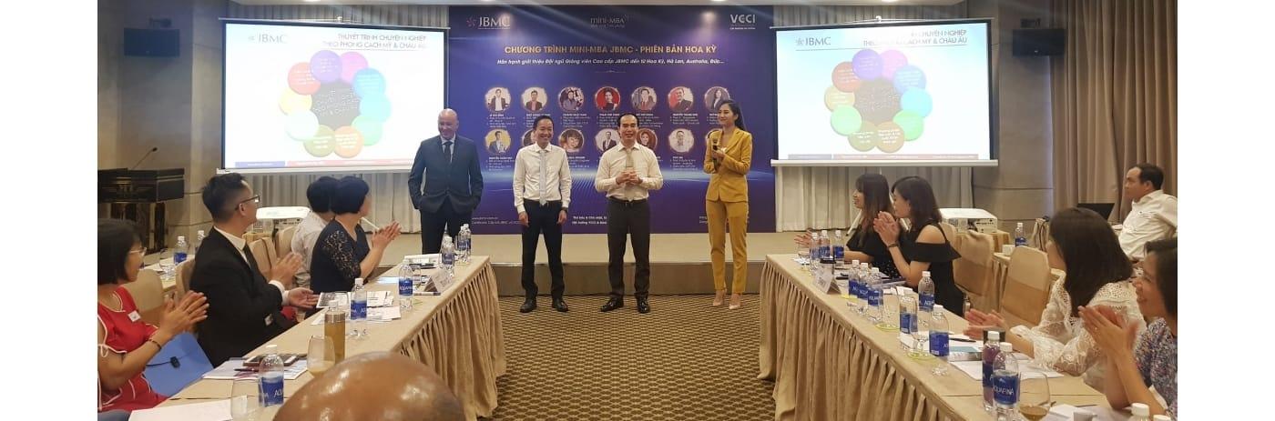 20191006_170110 - Tan, Badr, Quang, Ngan Thuyet trinh