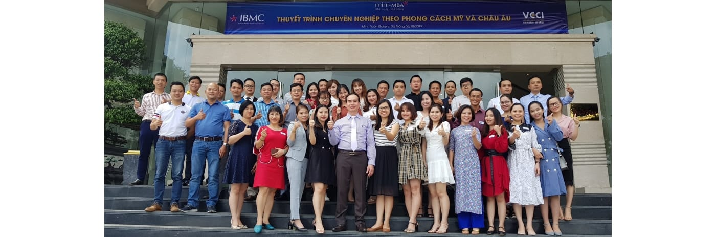 20191006_103223 - Tap the Thuyet trinh Minh Toan Hotel
