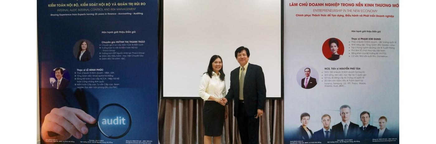 DSC08144 - Anh Phuc & chi Thao