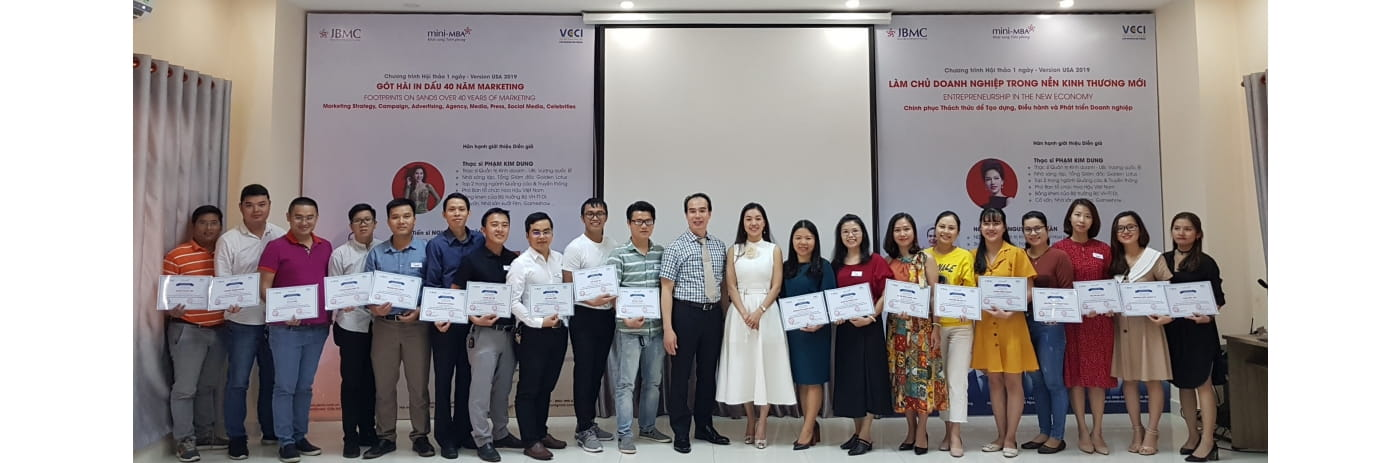 20191117_121448 - Le trao Certificate Lam chu Doanh nghiep - 2019.11.17