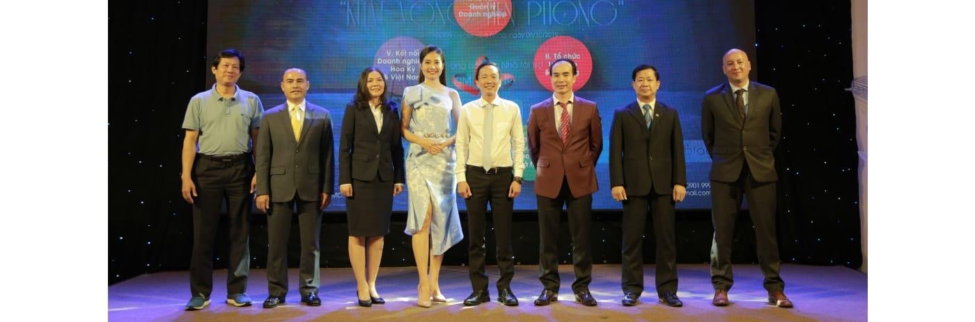 1. 294A2686 - Doi ngu Giang vien Mini-MBA JBMC 2019