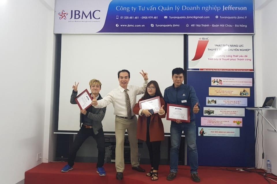 Phát triển Năng lực Thuyết trình Chuyên nghiệp - Khóa 4 - 17/12/2017