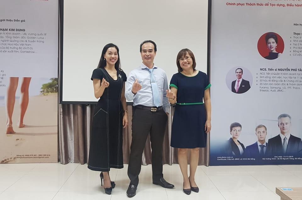 Gót hài in dấu 40 năm Marketing - Khóa 1 - Mini-MBA JBMC - 2019.11.16