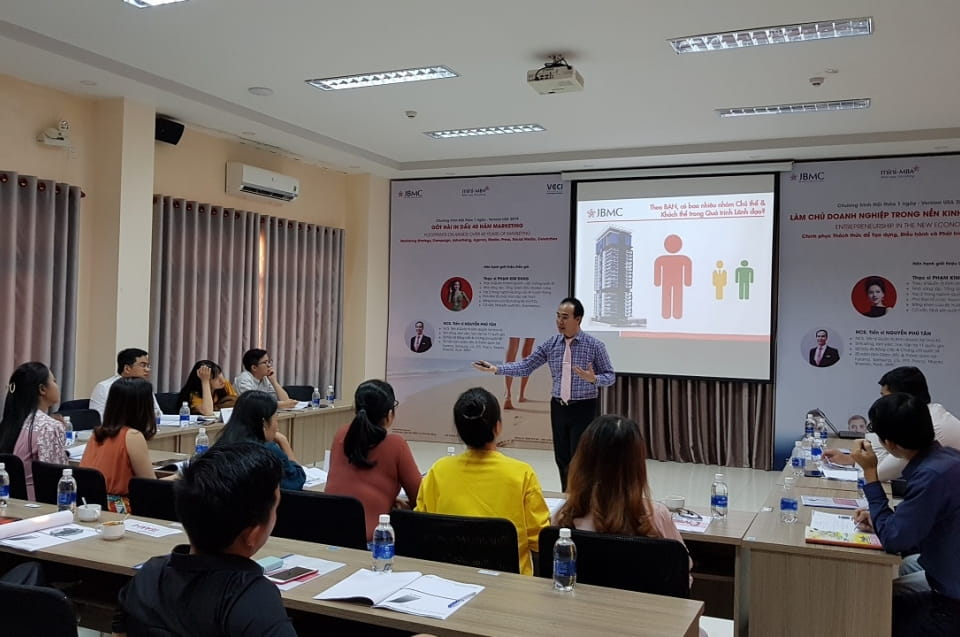 Làm chủ Doanh nghiệp trong nền Kinh thương mới - Khóa 1 - Mini-MBA JBMC - 2019.11.17